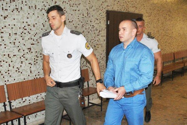 Jozefa Leška priviedla eskorta z výkonu trestu.