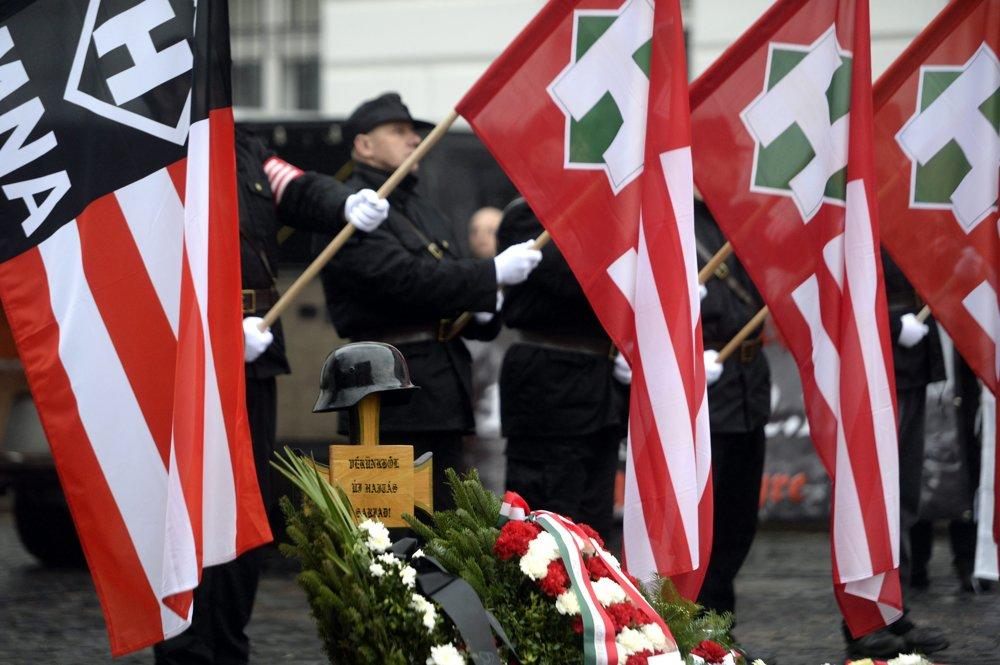 Extrémisti oslavovali činy nemeckých a maďarských vojakov.