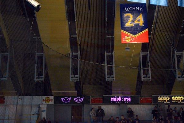 Legendárna 24-ka pod strechou zvolenského zimného štadióna