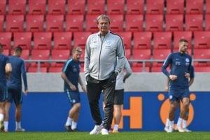 Ján Kozák počas posledného tréningu v úlohe trénera reprezentácie pred zápasom medzi Slovenskom a Českom.