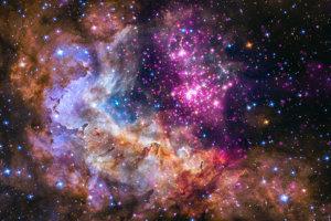 Približne dvadsaťtisíc svetelných rokov od Zeme sa nachádza táto hviezdokopa plná mladých hviezd vo veku jeden až dva milióny rokov.
