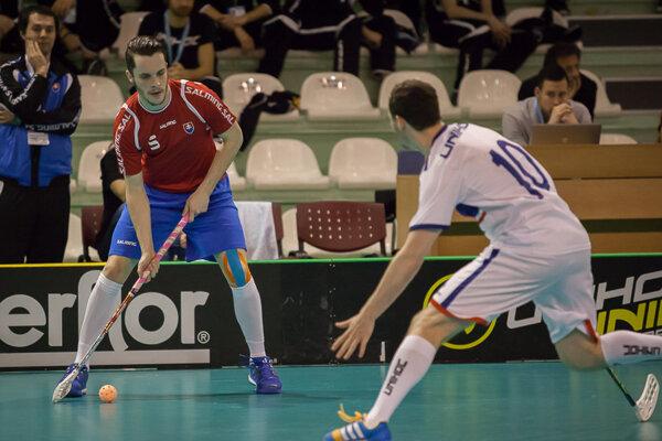 Marek Bulko (vľavo) vybojoval so slovenskou reprezentáciou postup na svetový šampionát.