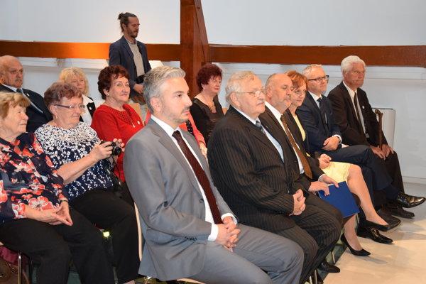 Košický župan sa stretol a diskutoval so seniormi. (FOTO: HAB)