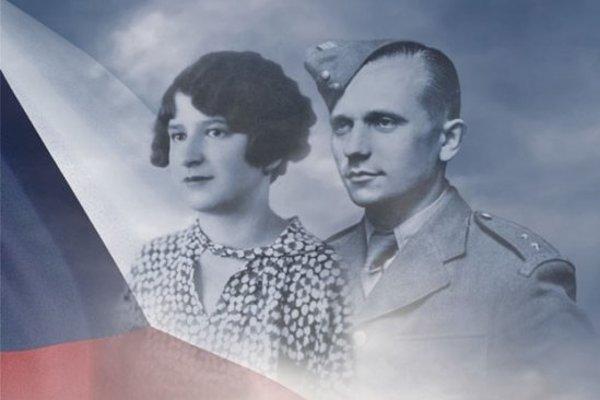 Veronika Homolová Tóthová: Mama milovala Gabčíka (Ikar 2018)