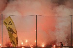 Fanúšikovia AEK Atény.
