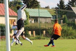 Bobrov i Dolný Kubín doma vyhrali zhodne 2:1.