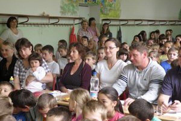 Deti sa bavili, porotcovia hodnotili.