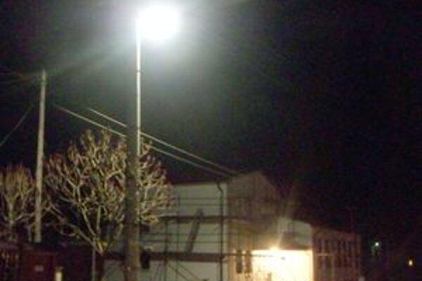 Klieština zostala jednu hodinu bez verejného osvetlenia.