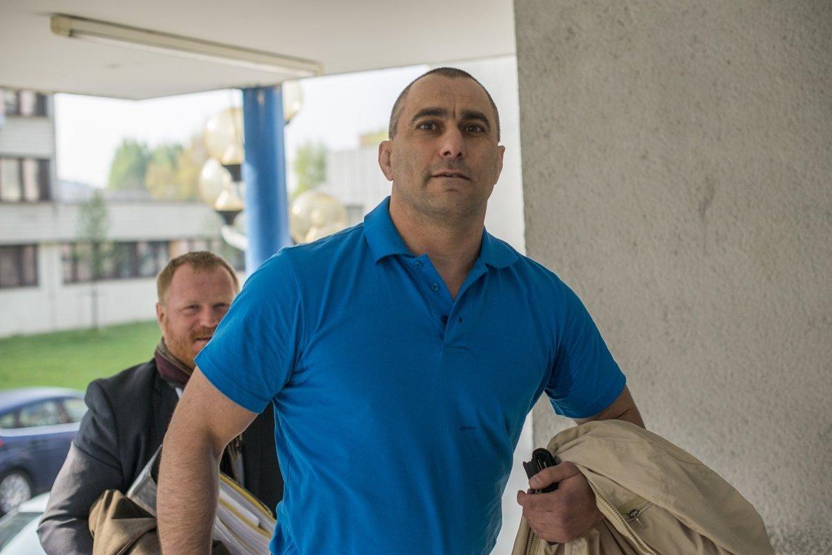 Najvyšší súd prípad expolicajta Tiefenbacha okresnému súdu neodňal - domov.sme.sk