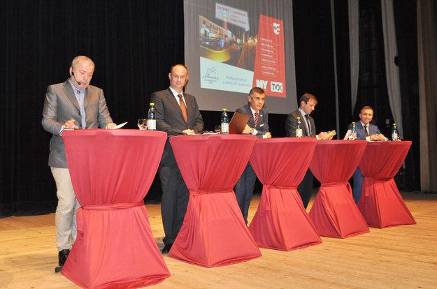 Predvolebná diskusia s kandidátmi na post primátora Dolného Kubína.