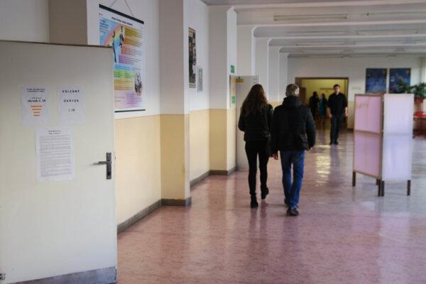 Účasť v Liptovskom Mikuláši vola vyššia ako v roku 2014.