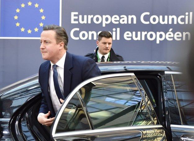Cameron sa vrátil.