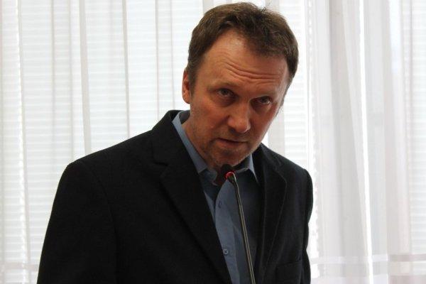 Aktivisti ako Zdenko Lipták doteraz poslancov kritizovali. Teraz zasadnú na ich miesto.