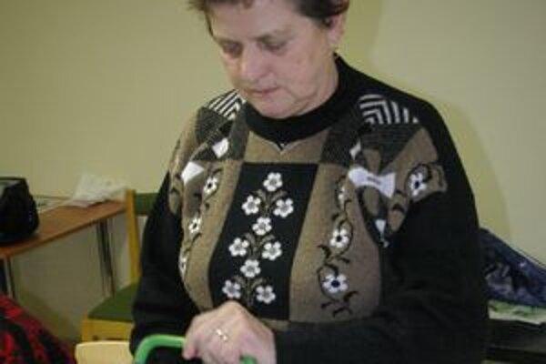 Ženy pripravili oblatky pre celú farnosť.