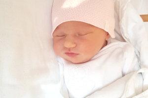 Rodičom Betke a Maťkovi z Kozároviec sa narodila 5. novembra druhorodená dcérka LAURA Harmady. Dievčatko po narodení meralo 52 cm a vážilo 3,5 kg. Lauru čaká doma sestrička Vivien.