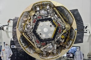 Sonda InSight v pristávacom module.