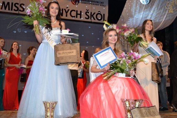 Víťazný trojlístok (zľava): Miroslava Petrincová, Lenka Škodová aVeronika Turňová.