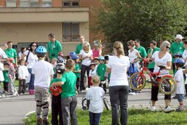 Akcie sa zúčastnilo šesťdesiat detí.