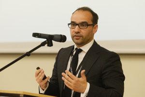 Balázs Jarábik je expertom na strednú a východnú Európu v think tanku Carnegie Europe.