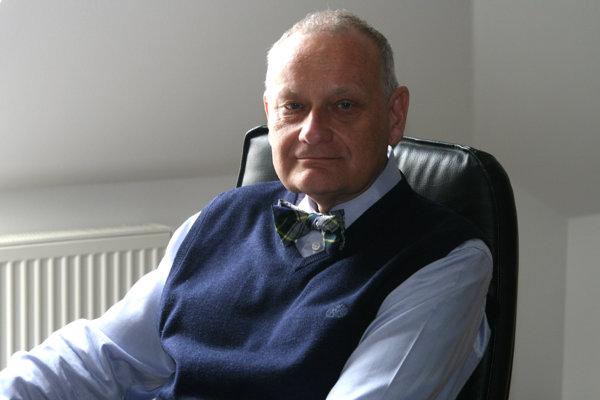 Jaroslav Slaný, dekan Fakulty zdravotníctva a sociálnej práce Trnavskej univerzity v Trnave.