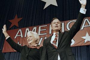 Goerge H. W. Bush s manželkou Barbarou po volebnom víťazstve v roku 1988.