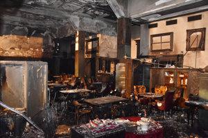 Interiér Roland café v centre Bratislavy po požiari 28. novembra 2018.