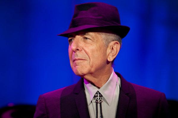 Leonard Cohen, kanadský hudobník a spevák miloval Marianne Ihlen z Nórska.