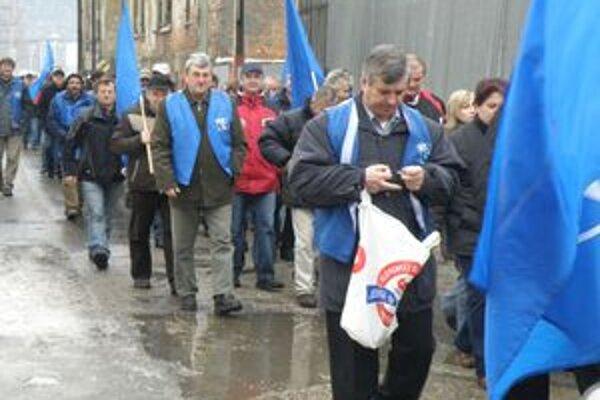 Protest. Problémy s vyplácaním miezd vo firme sa prejavili aj proteste zamestnancov.