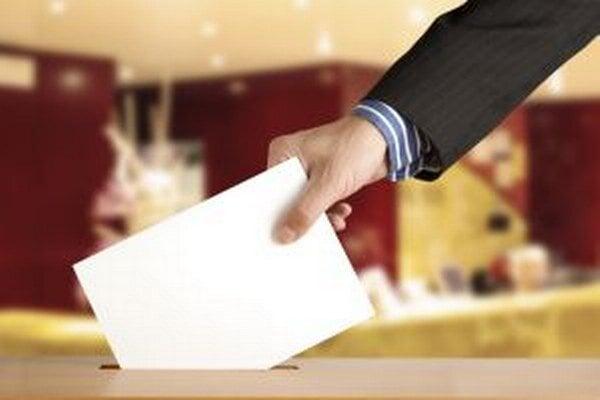 V dnešných komunálnych voľbách volíme zástupcov mestských a obecných samospráv na ďalšie štvorročné volebné obdobie.