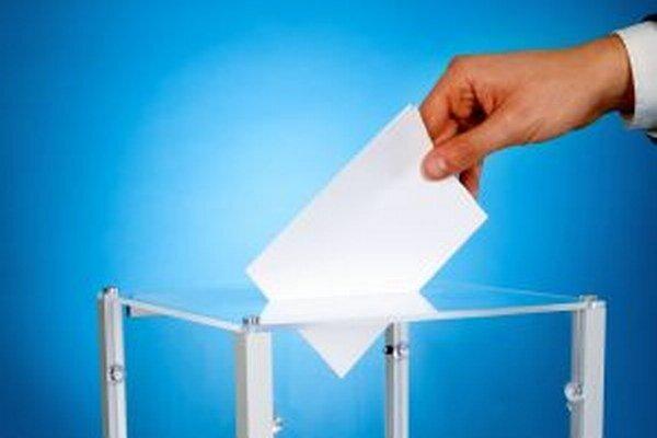 V ére samostatného Slovenska sa dnes konajú komunálne voľby šiestykrát.