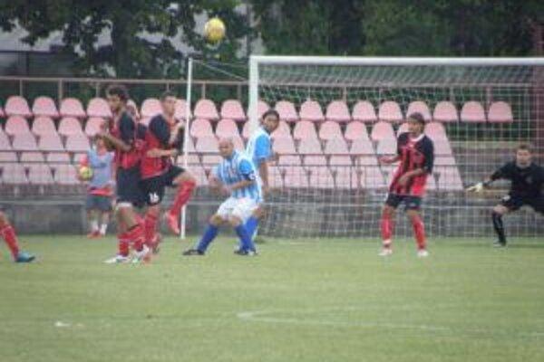 Púchovský brankár Jankovič zabránil proti Šali istému gólu a v Senci bude chýbať.