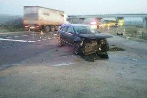 Dopravná nehoda sa stala v katastri obce Štvrtok.