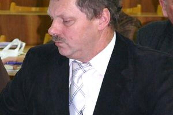 Návrh predložil poslanec Pavol Jurčík.