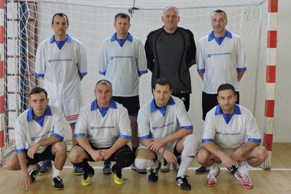 Dukla F-ko vyhrali turnaj v Prašiciach.