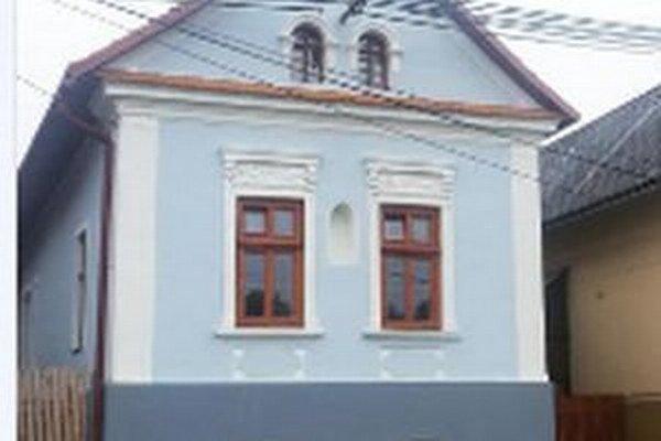 Majiteľovi sa oprava pôvodnej múranice podarila pri dodržaní všetkých prísnych pravidiel. Do domu ale investovali veľkú sumu peňazí.
