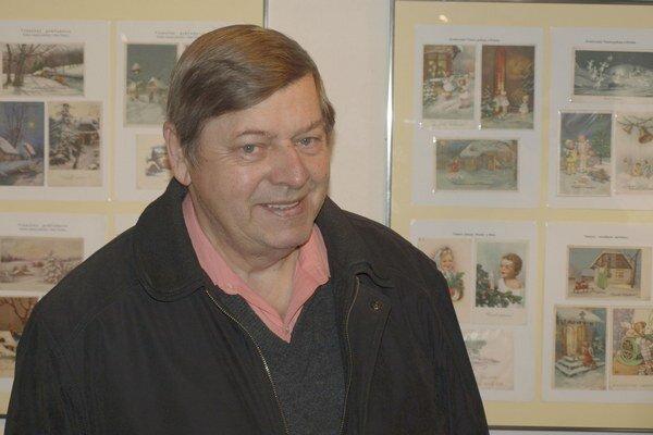 Autorom výstavy je Ján Repček, známy mikulášsky filatelista, ktorý je aj predsedom miestneho filatelistického klubu.