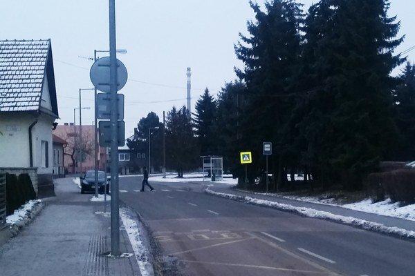 Borbisovu ulicu využívajú vodiči pre rýchlejší prejazd mestom.