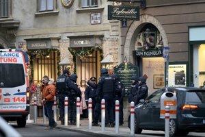 Rakúska polícia zasahuje v centre Viedne.