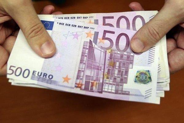Ukrajinci sa špecializovali na 500-eurové falošné bankovky.