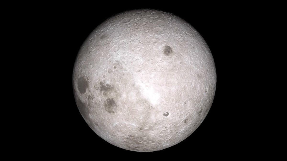 c58fb44ae2b Záber odvrátenej strany Mesiaca vznikol na základe meraní sondy Lunar  Reconnaissance Orbiter.
