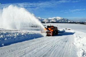Fréza odstraňuje sneh