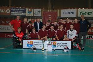 Víťazný tím chlapcov z Gymnázia Partizánske.