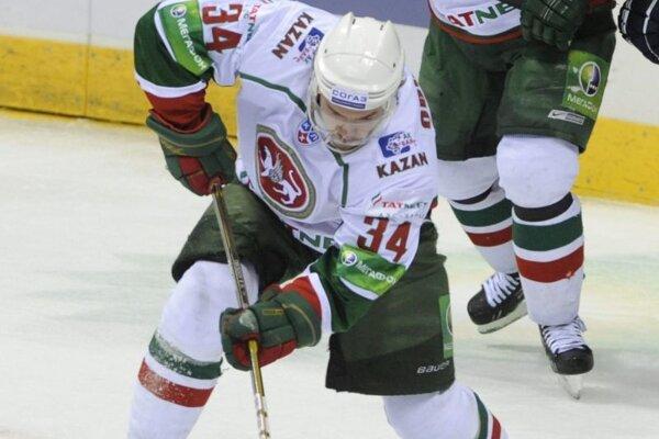 Dmitrij Obuchovv drese Bars Kazaň v roku 2012.