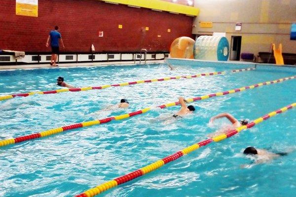 V Mestskom kúpeli v Nitre sa do podujatia zapojilo 444 plavcov.