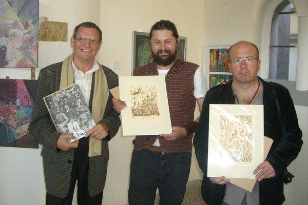 Na fotografii zľava: Štefan Packa z Liptovského Mikuláša, Rastislav Frič z Ružomberka a Ľubomír Hajdučík z Hýb.