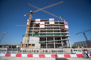 Projekt je koncipovaný ako spojenie nákupného centra, autobusového terminálu a modernej mestskej tržnice v Bratislave.