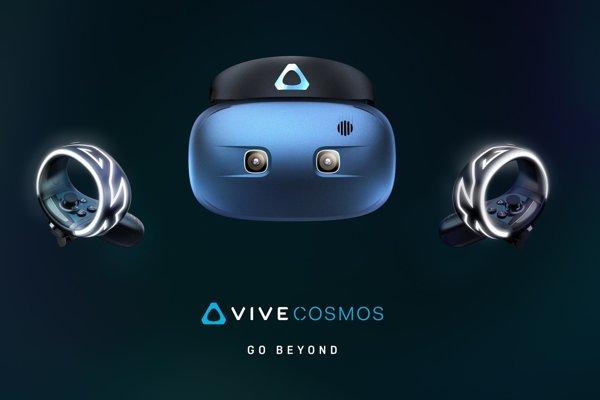HTC Cosmos s novými ovládačmi Vive. Síce pripomínajú náramok, ale na ruku sa nenavliekajú.