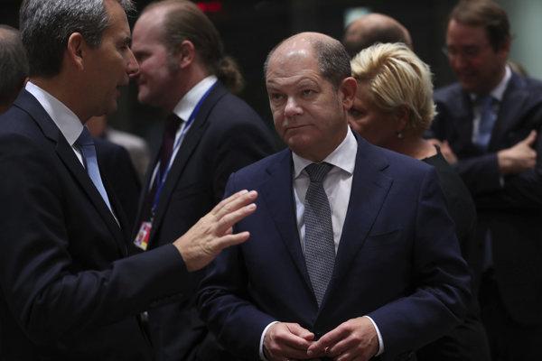 Priestor ministra financií Olafa Scholza pre manévrovanie je stále menší.