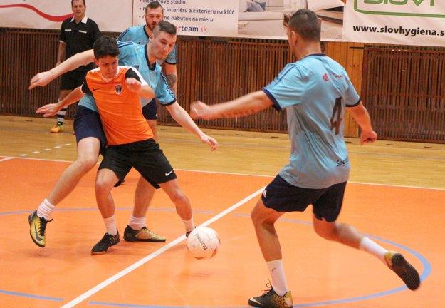 Z finálového zápasu medzi Oranjes a L-Trade.