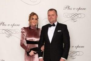 Andrej Hrnčiar, podpredseda Národnej rady SR s manželkou Martinou Hrnčiarovou